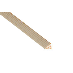 Wickes Pine Triangular Bead Moulding - 20mm x 20mm x 2.4m