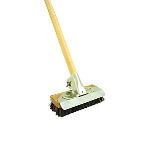 Wickes Patio Scrubbing Stiff Broom - 1290mm